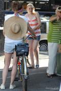 "*HQ ADDS* Dakota Fanning & Elizabeth Olsen on the Set of ""Very Good Girls"" in Brooklyn 07/12/12"