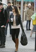 Филиппа Шарлотта 'Пиппа' Мидлтон, фото 81. Philippa Charlotte 'Pippa' Middleton Pippa Walking to Work x25 HQ, foto 81