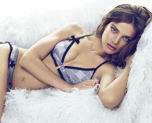 Natalia Vodianova sexy Etam Lingerie